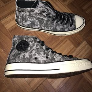 Converse gray size 10 men shoes brand new 🧟♀️
